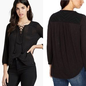 Lucky Brand Lace Front Peasant Top Small.      036